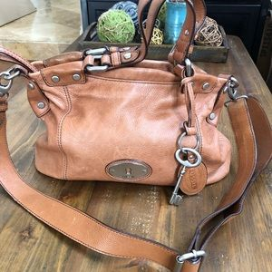 Fossil leather hand bag/ crossbody hobo bag